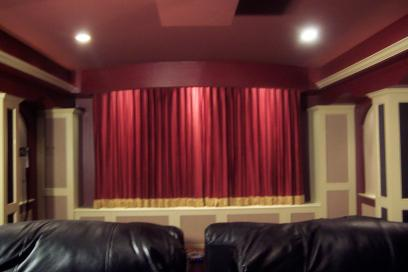 Innovative Living Room Home Theater Projector